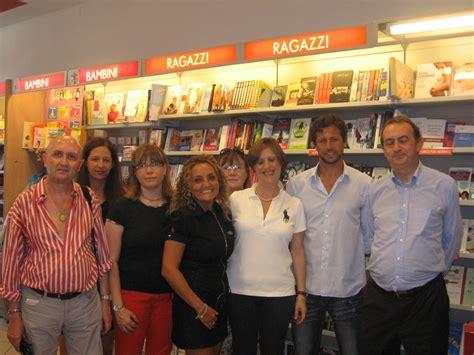 libreria voghera voghera inaugurata la nuova libreria mondadori voghera