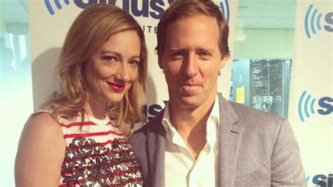 judy greer spouse judy greer nat faxon talk married pooping spouses on