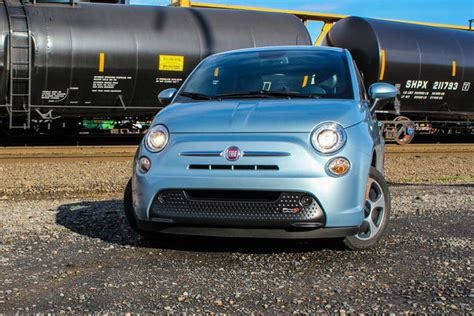 fiat 500e reviews 2015 fiat 500e review digital trends