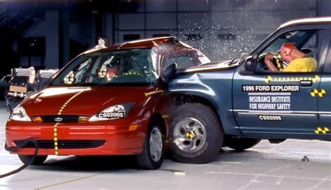 crash test si鑒e auto iihs explains side impact crash test autoevolution