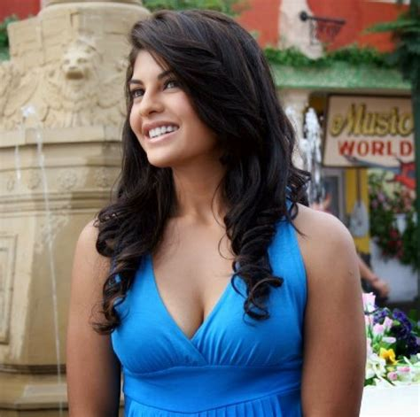 bollywood actresses hot pics hd free download full hd wallpaper jacqueline fernandez