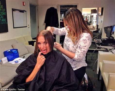 last on the talk show gets new hair cut katie couric debuts new face framing haircut at new york