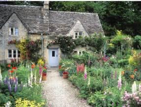 beautiful cottage 1000 images about gradini faine on pinterest