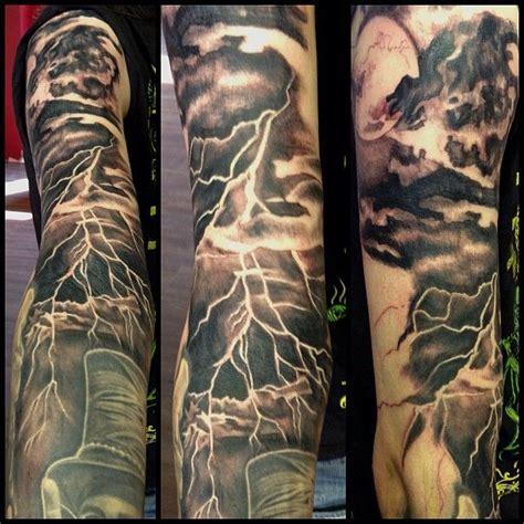 lightning tattoo 9 topmost lightning tattoos for 2018 styles at