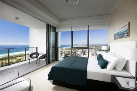 2 bedroom apartments broadbeach 2 bedroom apartment picture of mantra sierra grand