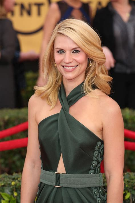 Style Of The Day Danes by Danes In Marc At The 2015 Sag Awards