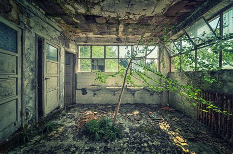 abandon buildings 33 beautiful abandoned places ozonweb by ozon magazine