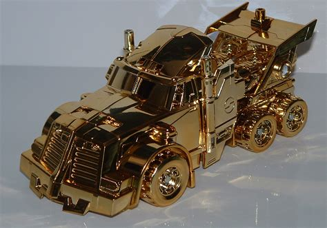 Transformers Gold link gold rodimus convoy image gallery and review
