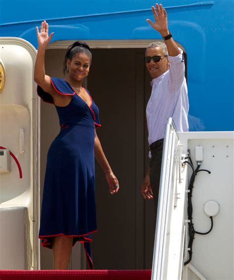 Where Did Obama Vacation | barack and michelle obama s 2016 summer vacation on martha