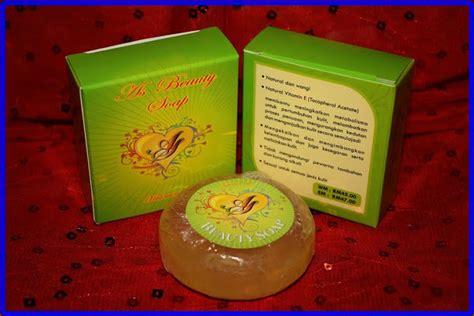 Sabun Vitamin E berkualiti halal dan suci set rawatan wajah 3 dalam 1