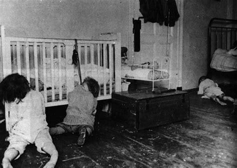 true blood bathtub scene el orfanato maldito de san pedro marcianos