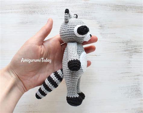 amigurumi raccoon pattern free cuddle me raccoon amigurumi pattern amigurumi today