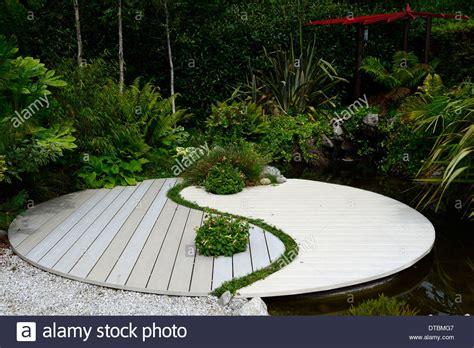 ying yang terrasse yin yang garten ep35 hitoiro