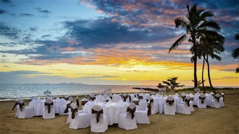 Sheraton & Westin Resorts On Denarau, Fiji Weddings