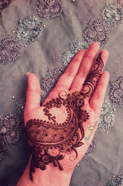 henna design by alia khan https flic kr p ukonyo wild paisley by alia khan