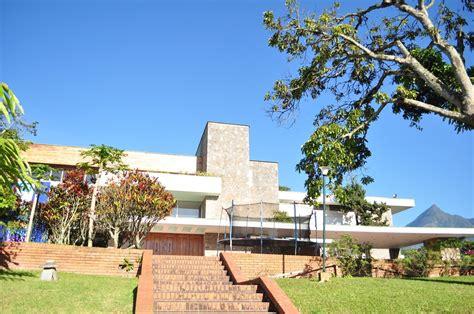 la casa entre los 8401019214 centro urbano ambiental quot sim 243 n d 237 az quot la vida entre las paredes de la casa borges