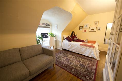 clutter free bedroom how to get the dream of a calm and clutter free bedroom toronto star
