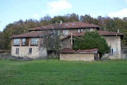 immobilien bauernhof cairo montenotte bauernhof stehend zu restaurieren