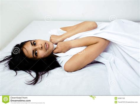 i laid in bed laid up in bed 28 images broken ankle handbagsandtotes s blog woman white robe
