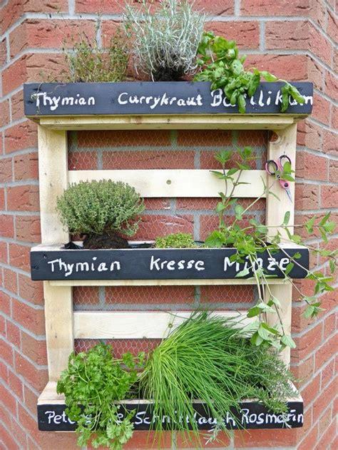 kleine kräutergarten design bepflanzung zaun idee