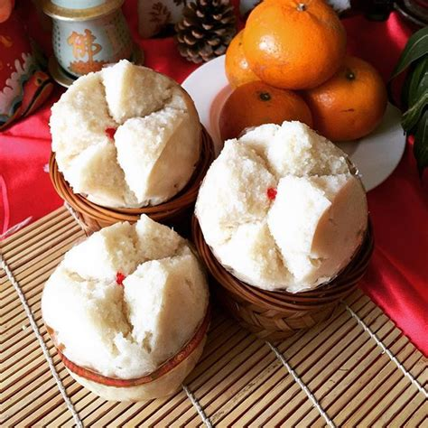 new year rice flour cake huat kueh steamed rice flour cake a cake that