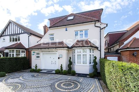 5 bedroom detached house for sale in london 5 bedroom detached house for sale in wentworth road nw11