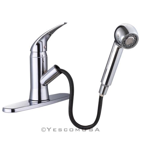 delta palo stainless steel finish 1 handle pull out spray kitchen sink faucet with pull out spray 28 images moen