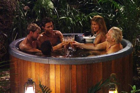 rex bathtub party i m a celebrity joey essex and amy willerton strip off for hot tub party with kian