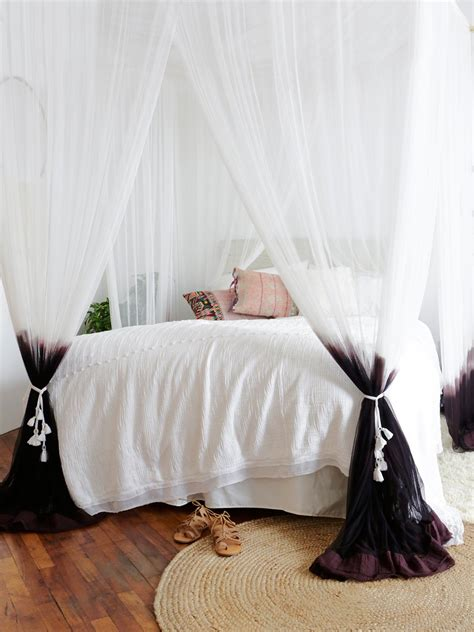 free people bedding dip dye four point queen canopy at free people clothing