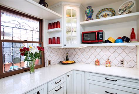 Brick Backsplashes For Kitchens where can i find the backsplash tiles featured in this