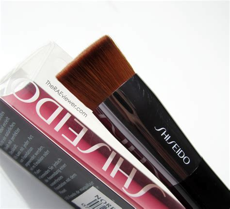 Shiseido Foundation Brush the raeviewer a about luxury and high end cosmetics