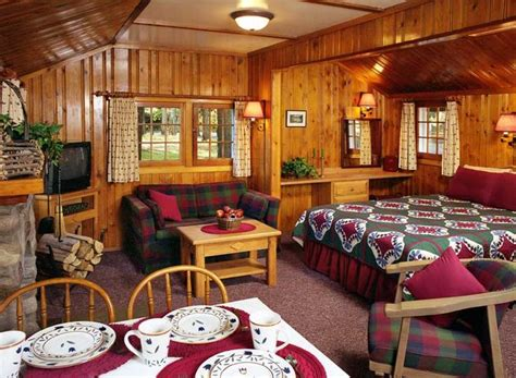 one room cottages best 25 one room cabins ideas on pinterest the cabin