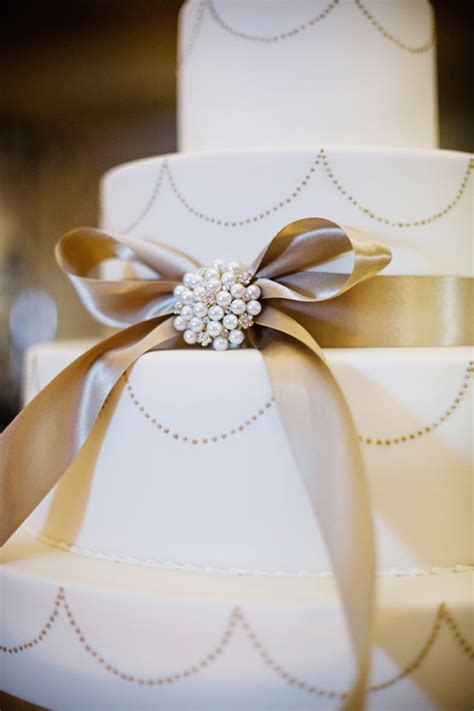 Wedding Reception Cakes by Classic Wedding Cake Real Wedding Reception