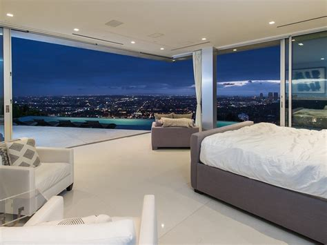 Moderne Schlafzimmer 1423 by Take A Tour Of The Winklevoss Stunning Los Angeles