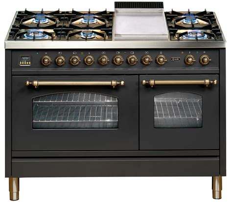 chef kitchen appliances celebrity chef giovanni pilu partners with ilve completehome