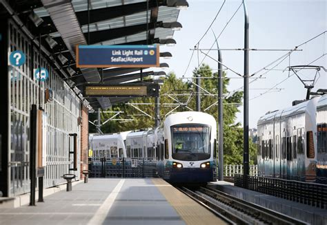 Light Rail To Seatac by Lightrail Seattle Traffic And Transportation News