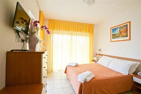 residence fiorita cesenatico hotel 3 stelle a cesenatico il gruppo alberghiero per le