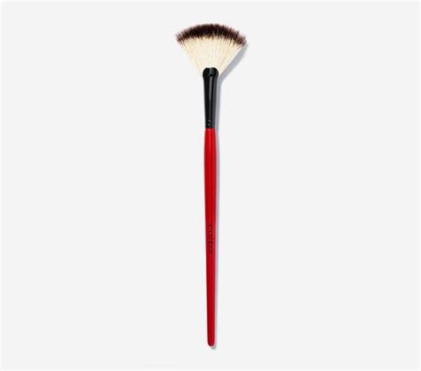 fan makeup brush use how to use a fan brush to apply makeup popsugar