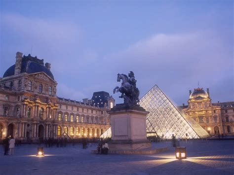ingresso gratuito louvre city pass ex city passport carta trasporti