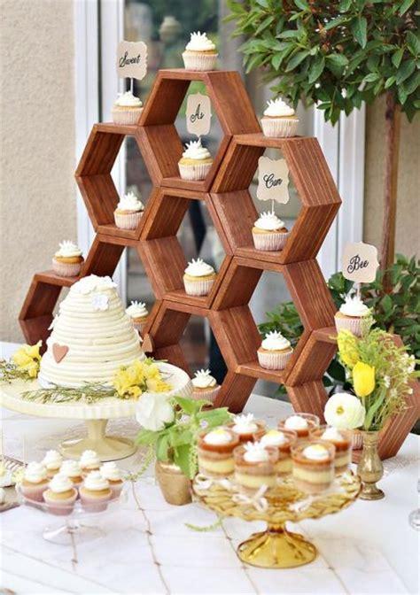 24 adorable honey themed wedding ideas weddingomania