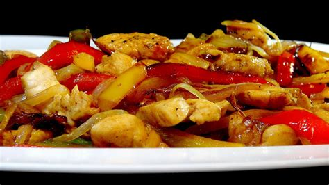 cocinar amigos cocinar para los amigos pollo con pimientos y salsa de