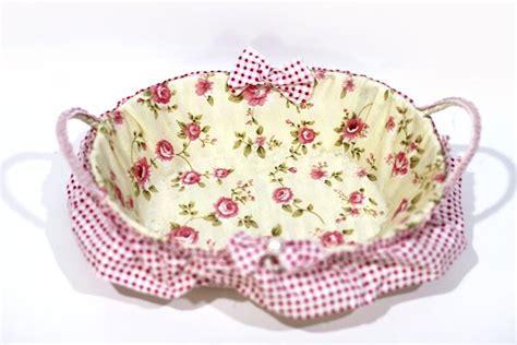 Keranjang Baju Rotan jual keranjang rotan bulat motif bunga shabby cantik