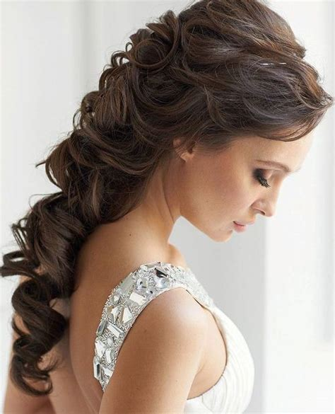 Curled Half Up Half Hairstyles by Popular Indian Wedding Hairstyles Style Samba