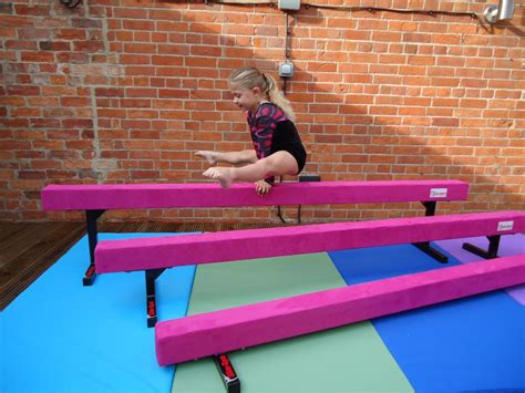 6ft 1 8mtr 12 high gymnastic balance beam
