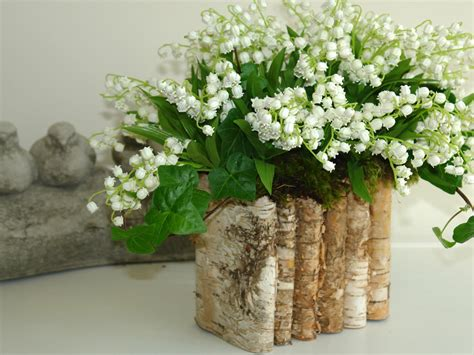 Vases For Bridesmaid Bouquets by Birch Bark Wood Vases Wedding Flower Pot By Aniamelisa