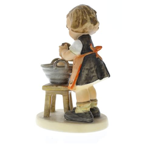 bathtub figurines goebel hummel little girl with doll bath 319 porcelain