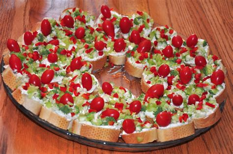 christmas wreath appetizers the changeable table green appetizer wreath
