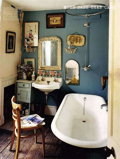 Vintage Bathrooms Uk by 25 Best Ideas About Small Vintage Bathroom On