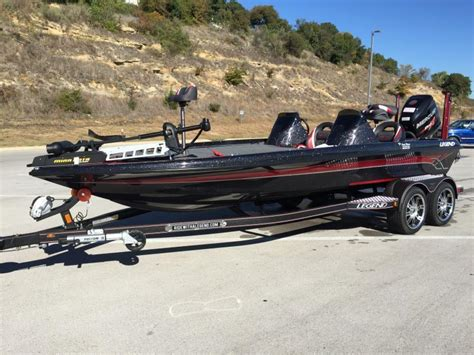 legend fishing boat seats 2016 legend v21 now for sale 57 995 00 boats 4