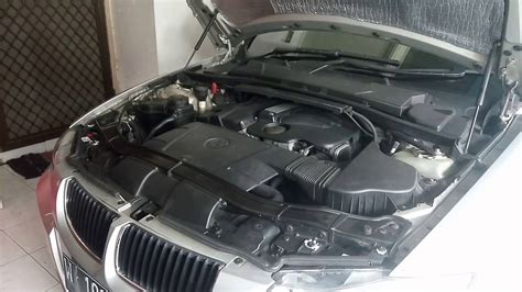 bmw 320i e90 n46 engine rev and exhaust bmw 320i e90 n46 engine rev and exhaust sound stock youtube